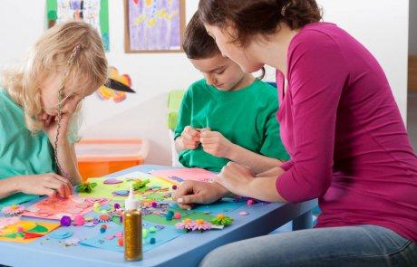 באילו גילאים כדאי להתחיל עם משחקי יצירה לילדים
